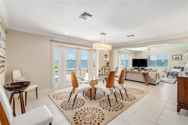 7692 Cove Ter, Sarasota, FL - USA (photo 5)