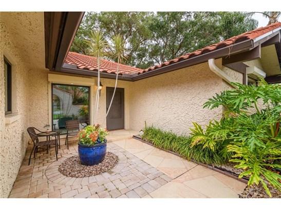 5575 Golf Pointe Dr, Sarasota, FL - USA (photo 3)