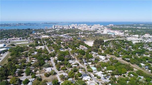 2434 Wood St, Sarasota, FL - USA (photo 2)