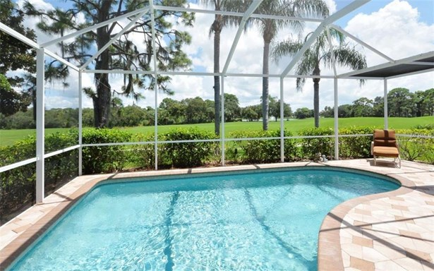 8723 Grey Oaks Ave, Sarasota, FL - USA (photo 2)