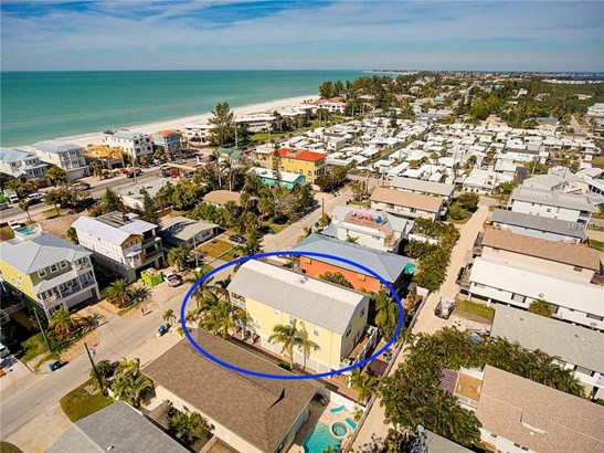 2509 Avenue C #b, Bradenton Beach, FL - USA (photo 3)