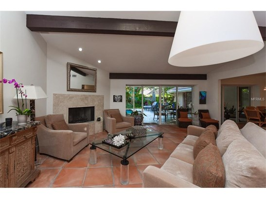 5121 Kestral Park Pl, Sarasota, FL - USA (photo 2)