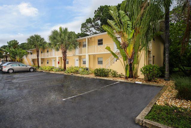 972 La Costa Cir, Unit #2, Sarasota, FL - USA (photo 1)