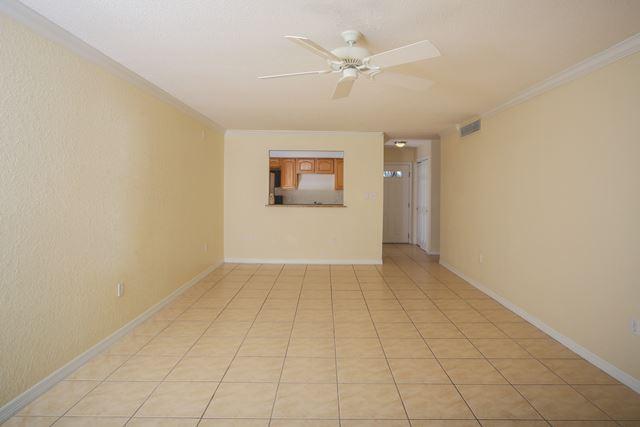 972 La Costa Cir, Unit #2, Sarasota, FL - USA (photo 3)