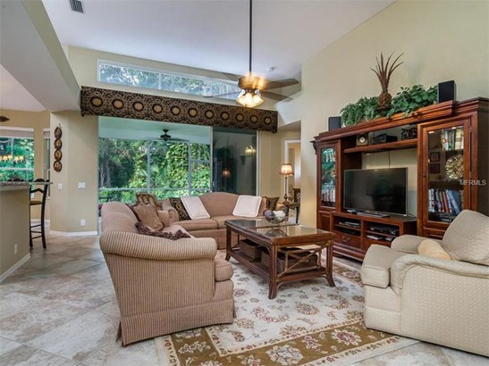 6411 Berkshire Pl, University Park, FL - USA (photo 5)