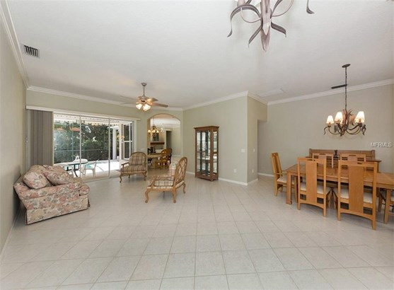 614 Wild Pine Way, Venice, FL - USA (photo 4)