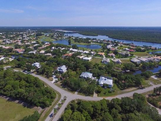 10110 Creekside Dr, Cape Haze, FL - USA (photo 2)