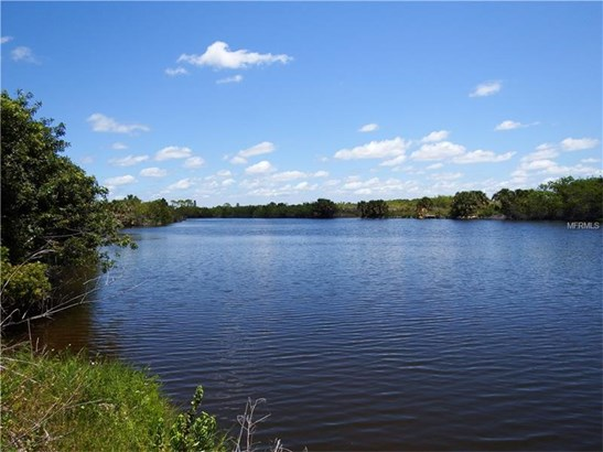 8106 Santa Cruz Dr, Port Charlotte, FL - USA (photo 1)