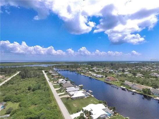 15842 Aqua Cir, Port Charlotte, FL - USA (photo 4)