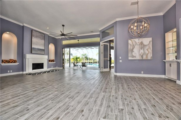 3121 Rivershore Ln, Port Charlotte, FL - USA (photo 5)