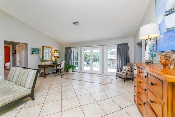 7452 Broughton St, Sarasota, FL - USA (photo 5)