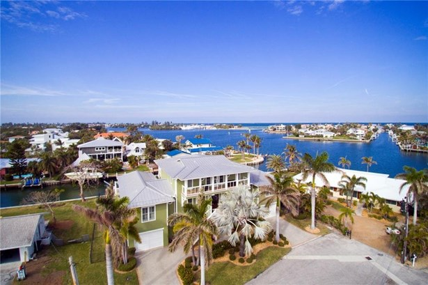 528 72nd St, Holmes Beach, FL - USA (photo 1)