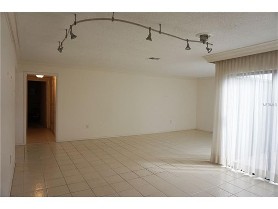 3949 Glen Oaks Manor Dr, Sarasota, FL - USA (photo 5)