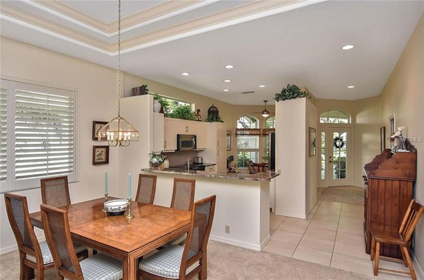 521 Fallbrook Dr, Venice, FL - USA (photo 4)