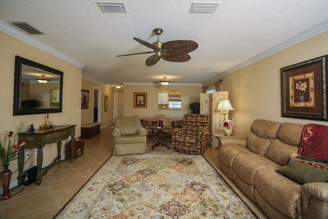 2723 Golf Course Dr, Unit #201, Sarasota, FL - USA (photo 5)