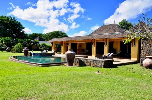 Tamarin, Mauritius - MUS (photo 1)