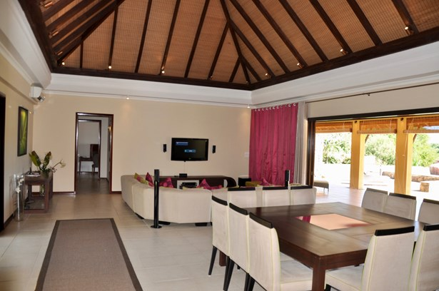 Tamarin, Mauritius - MUS (photo 2)