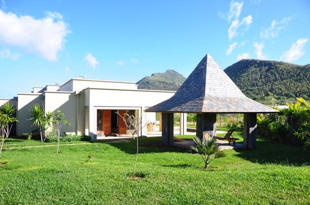 Riviere Noire, Mauritius - MUS (photo 1)