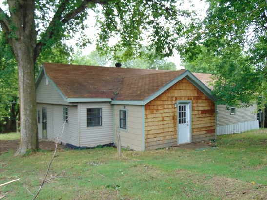 Fixer Upper, House - Cave Springs, AR