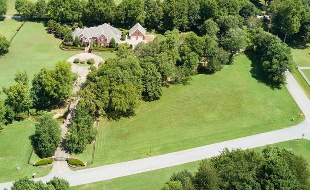 Estate,Traditional, House - Springdale, AR (photo 4)