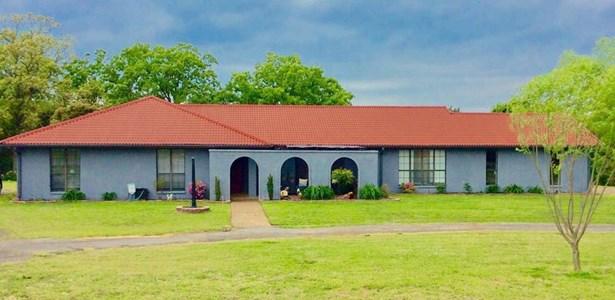 Spanish,Traditional, House - Charleston, AR