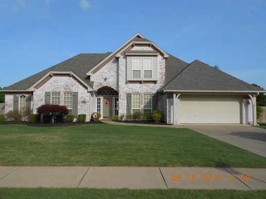 Traditional, House - Springdale, AR (photo 1)