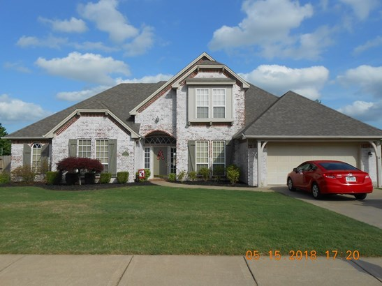 Traditional, House - Springdale, AR (photo 3)