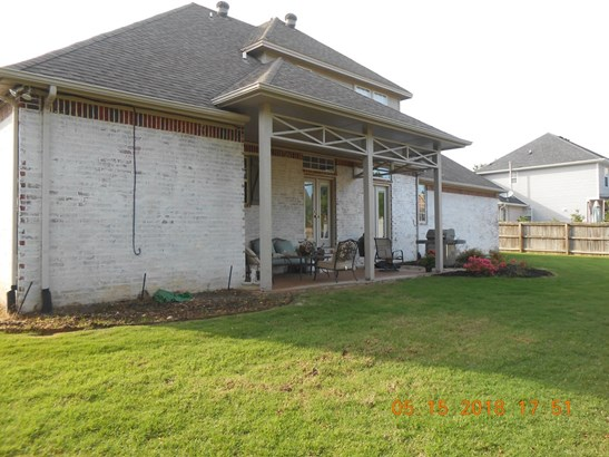 Traditional, House - Springdale, AR (photo 5)