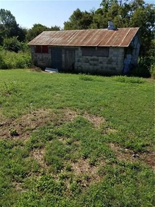 Fixer Upper, House - Cane Hill, AR (photo 3)