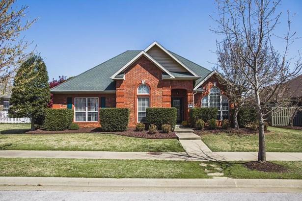 Traditional, House - Springdale, AR (photo 1)