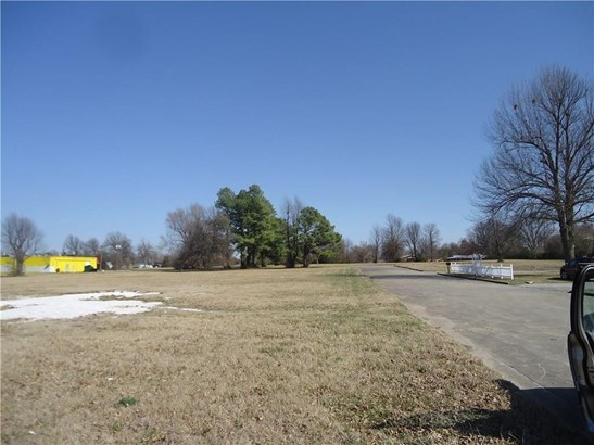 Commercial - Springdale, AR (photo 3)