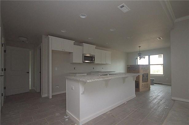 House - Springdale, AR (photo 2)
