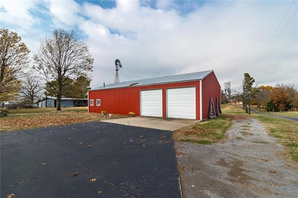 Contemporary, House - West Fork, AR (photo 3)