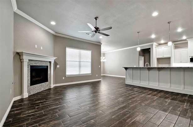 Traditional, House - Centerton, AR (photo 4)