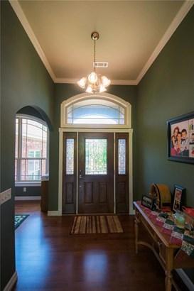 Traditional, House - Springdale, AR (photo 2)