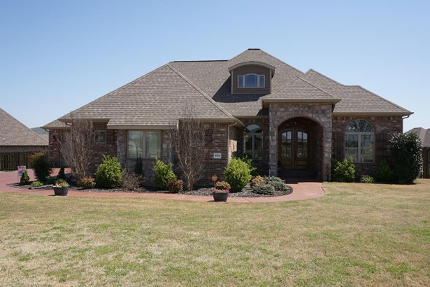 Traditional, House - Farmington, AR (photo 1)
