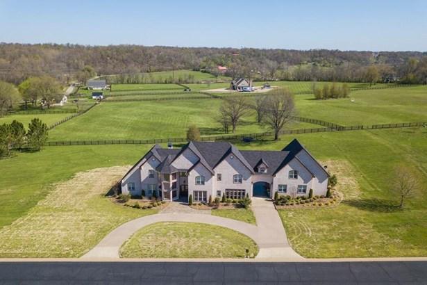 House, European - Springdale, AR (photo 1)