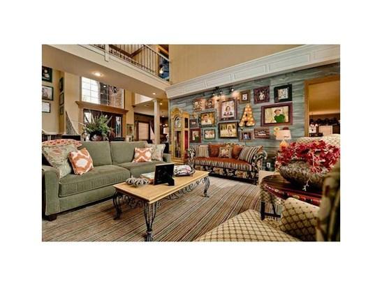 Estate, House - Springdale, AR (photo 3)