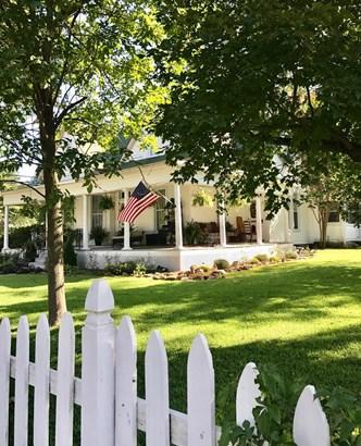 Farmhouse,Historic,Country, House - Prairie Grove, AR (photo 1)