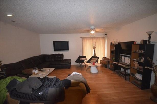 Duplex - Fayetteville, AR (photo 3)