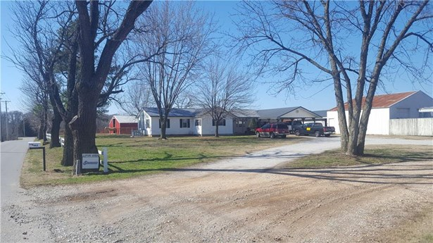 Ranch, House - Decatur, AR (photo 1)