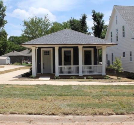 Cottage/Camp, House - Fayetteville, AR (photo 2)