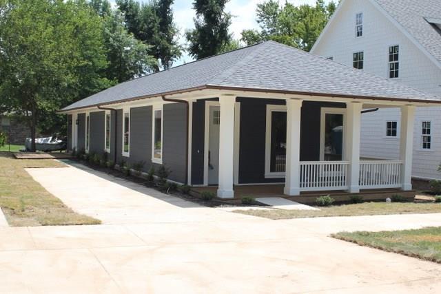 Cottage/Camp, House - Fayetteville, AR (photo 3)