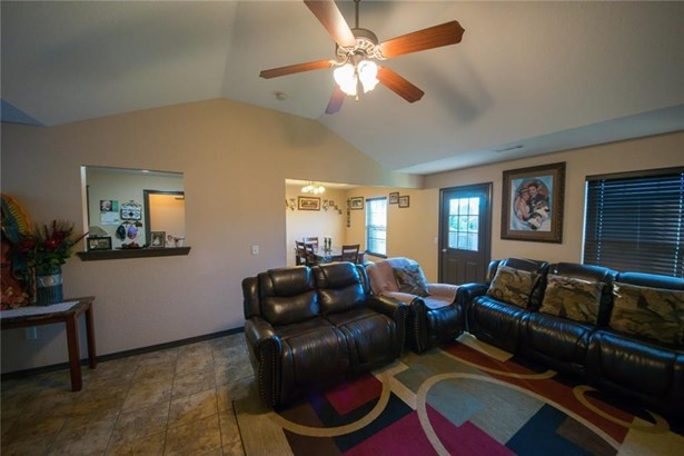 Traditional, House - Bethel Heights, AR (photo 5)