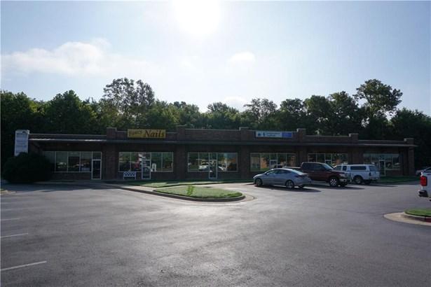 Commercial Lease - Farmington, AR (photo 2)