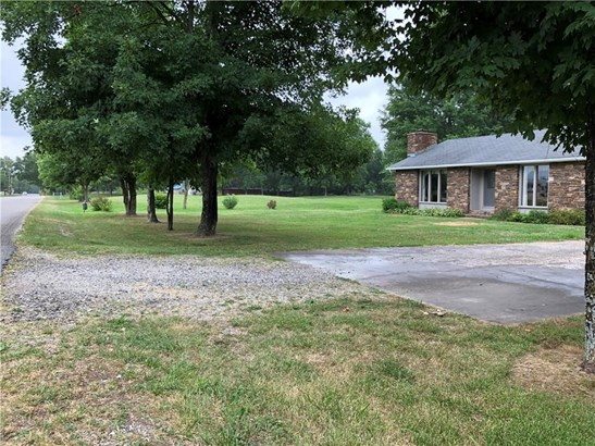 Ranch, House - Fayetteville, AR (photo 2)