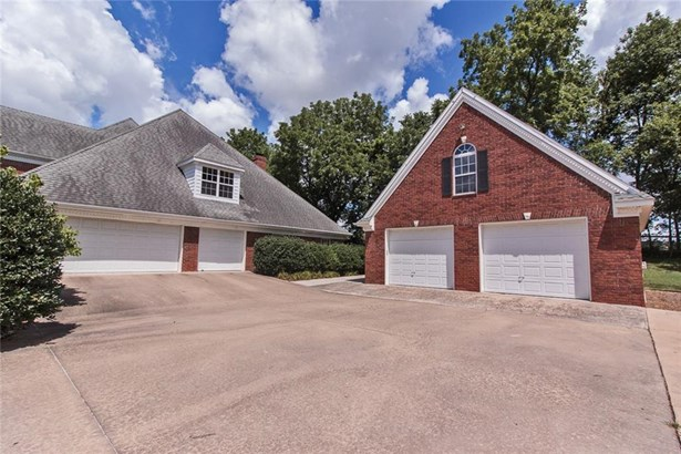 Estate,Traditional, House - Springdale, AR (photo 4)