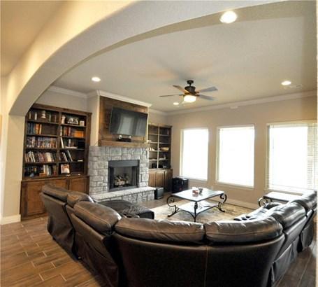 Traditional, House - Prairie Grove, AR (photo 4)