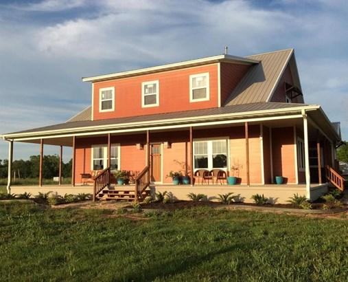 Farmhouse, House - Gentry, AR (photo 1)