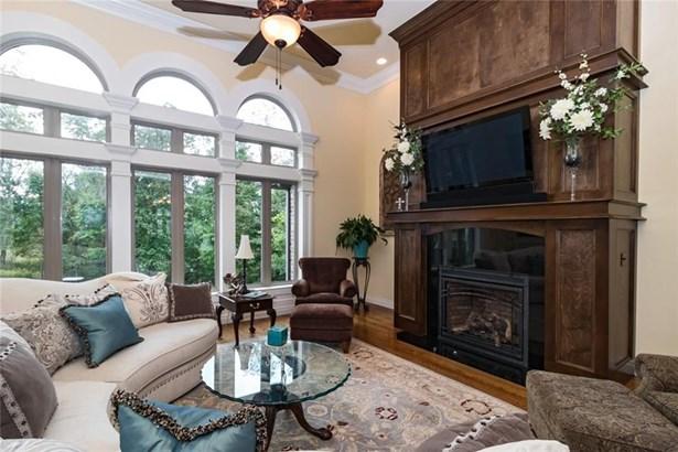 Traditional, House - Centerton, AR (photo 3)